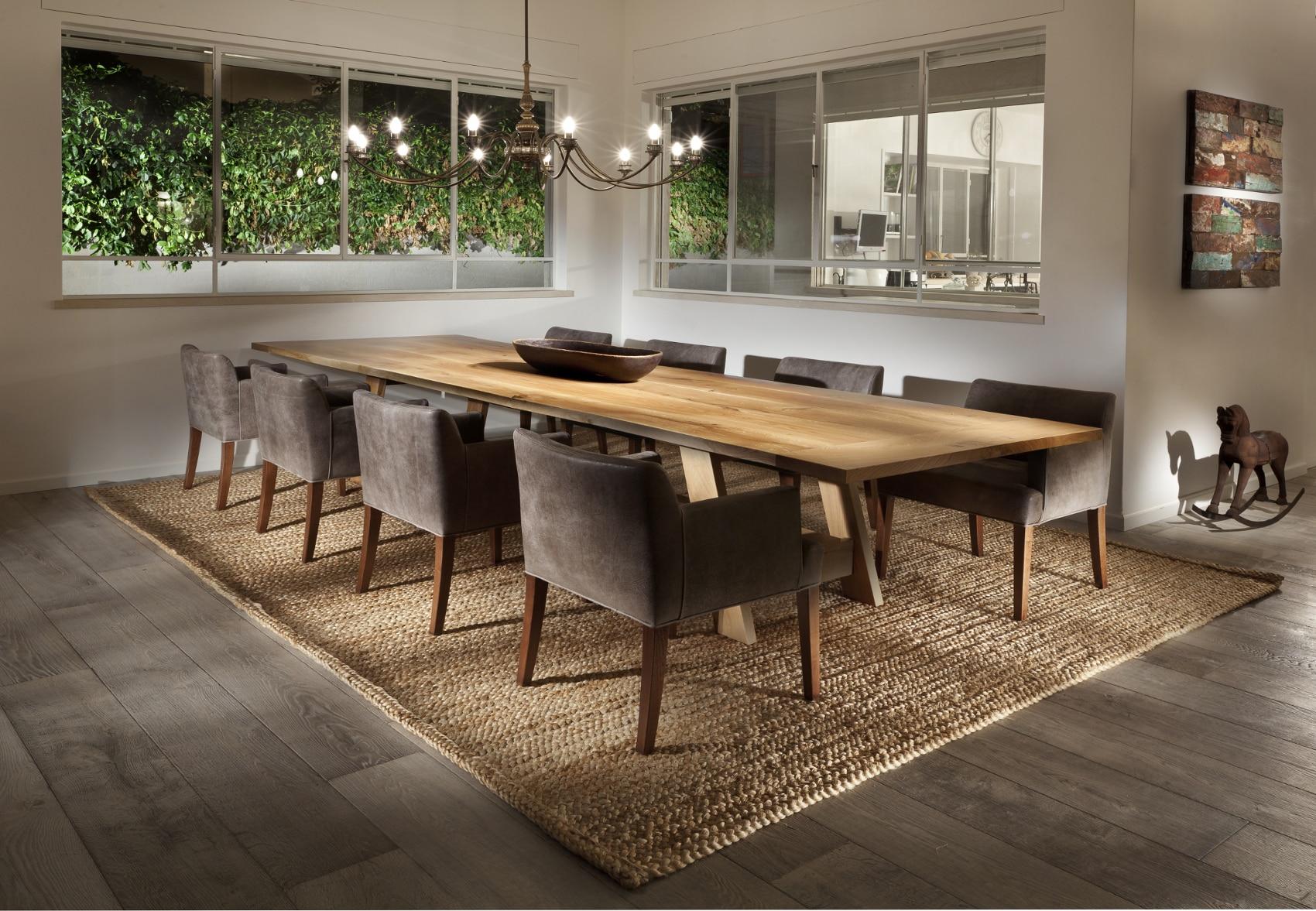 שטיחים לחדר אוכל