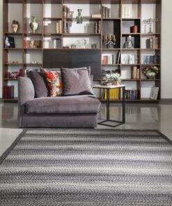 שטיח ריבר בצבע אפור שחור לסלון