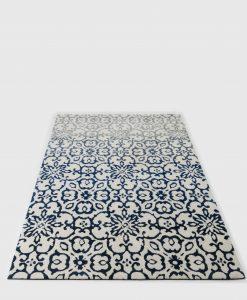 שטיח טוליפ בצבע כחול