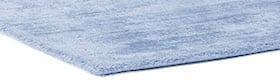 שטיחים בצבע כחול בהיר